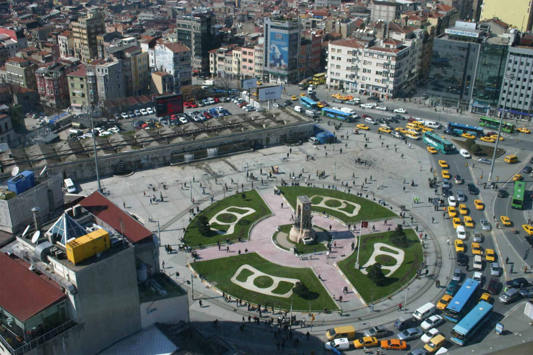 تور استانبول - هتلهای میدان تکسیم