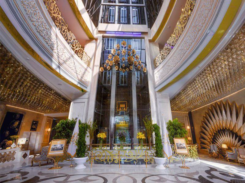 ورودی هتل الماس2 مشهد