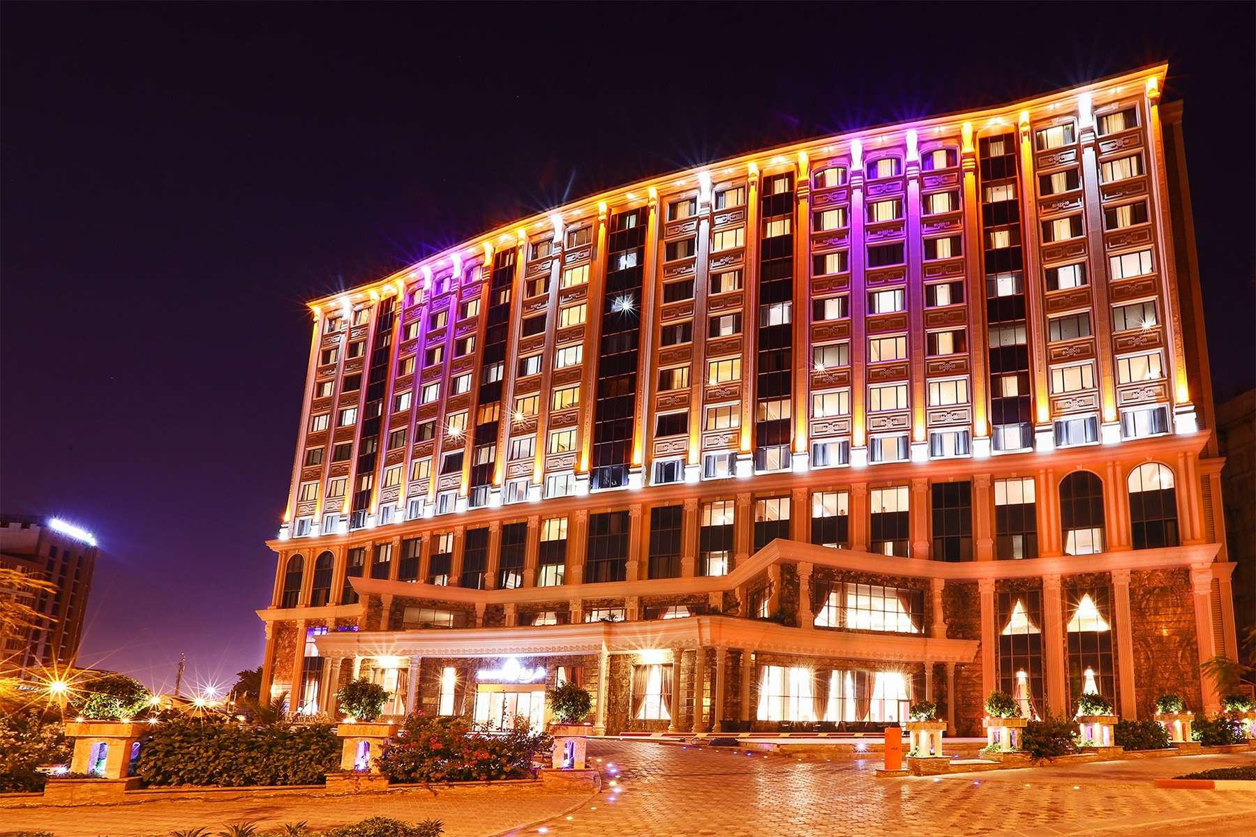 تور کیش هتل پنج ستاره تاپ ویدا