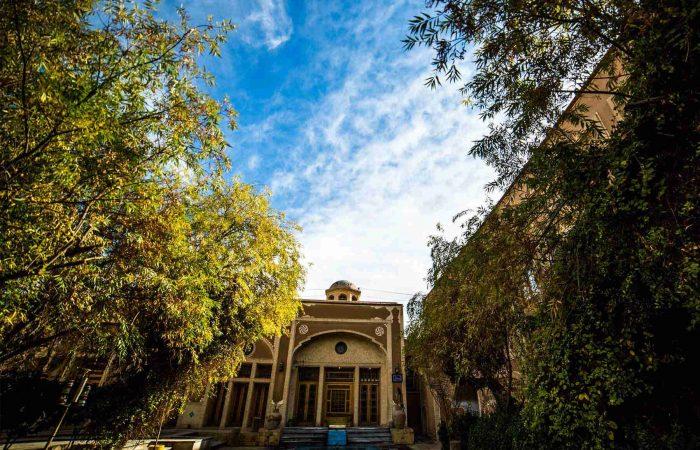 تور یزد هتل باغ مشیر الممالک چهار ستاره