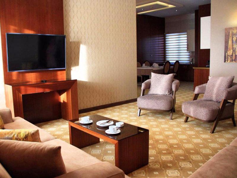 سوئیت ویآیپی هتل رفاه مشهد