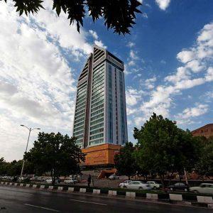تور لوکس شیراز هتل بزرگ چمران با قطار و هواپیما