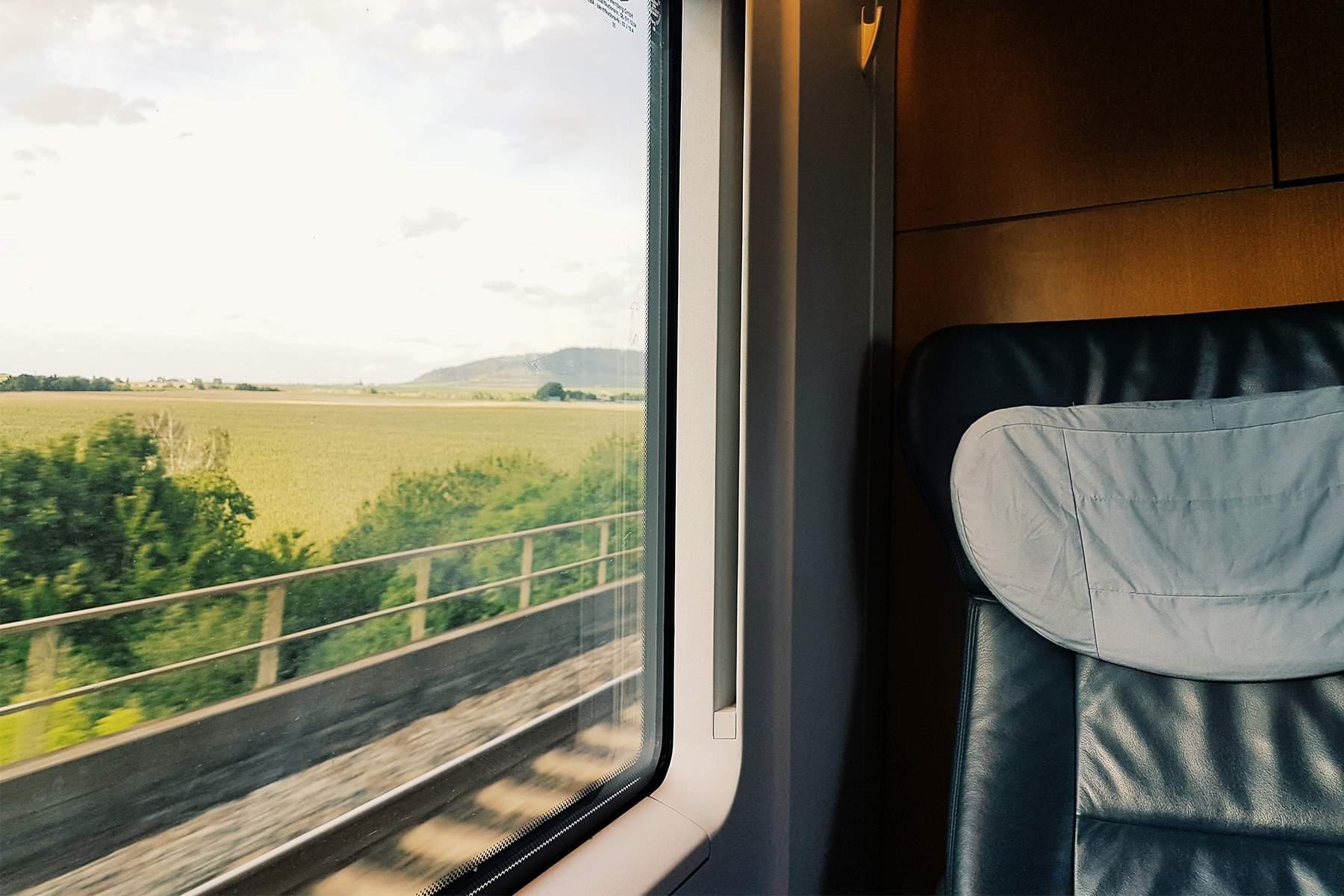 تورهای مشهد با قطار